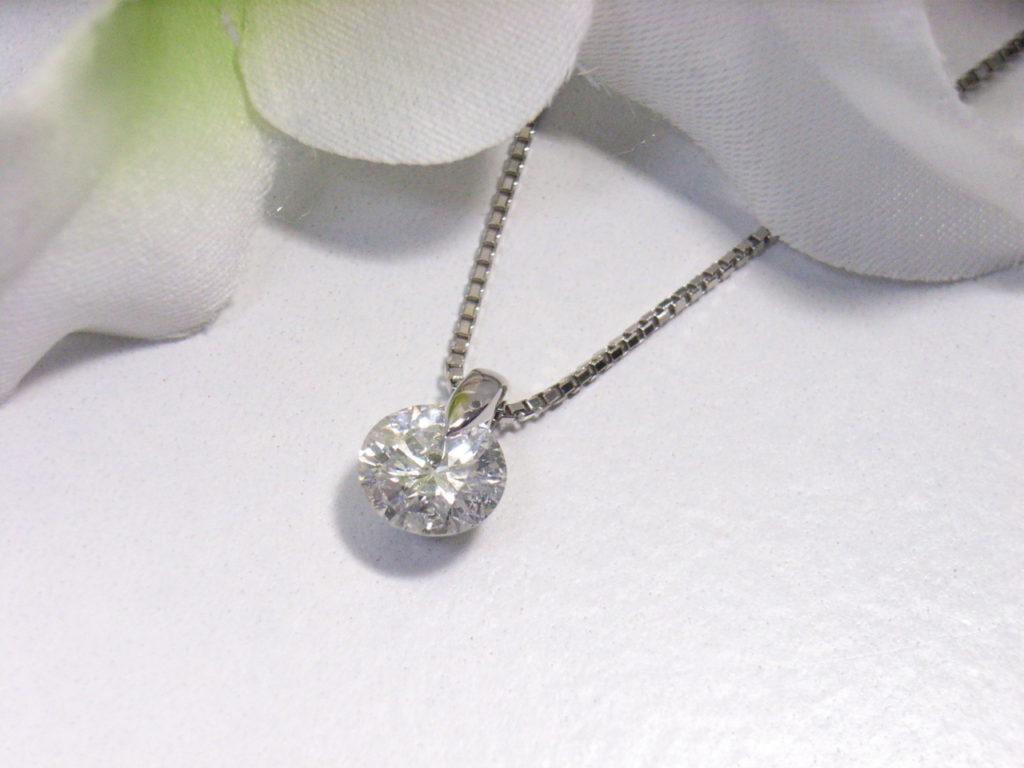 婚約指環ダイヤモンドを普段使いのプチネックレスにリフォーム 【1777】