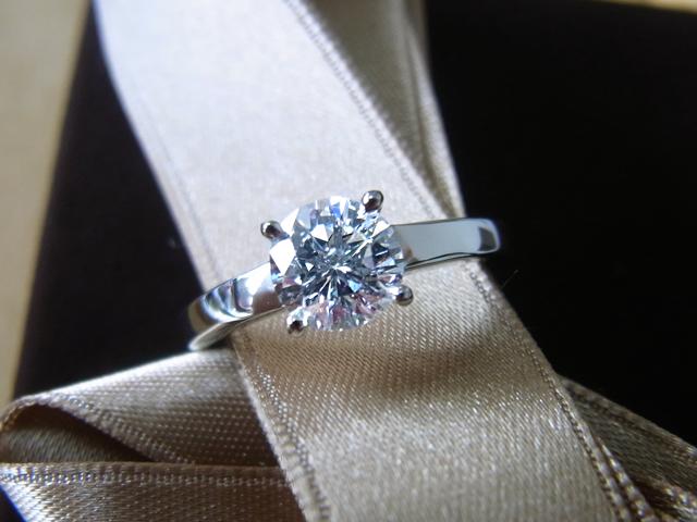 ダイヤモンドイヤリングからご婚約指環にリフォーム 【1776】