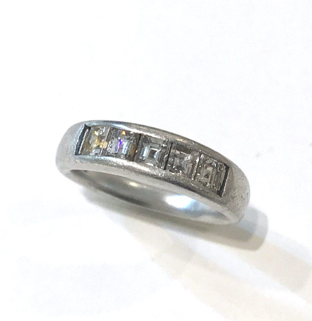 5石のダイヤリングを5人のお孫様達に送るジュエリーにリフォーム【2088a】