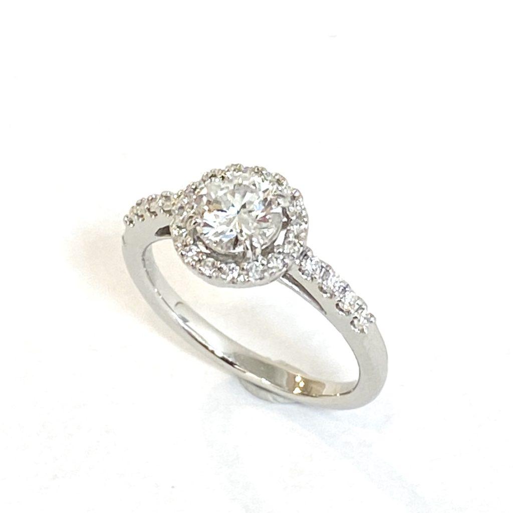 婚約指輪を人気デザインのリングにリフォーム【2113a】