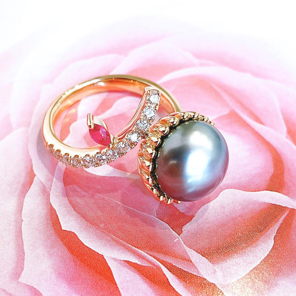 黒蝶南洋真珠 シンプルなタイタックから遊び心あるリングへ