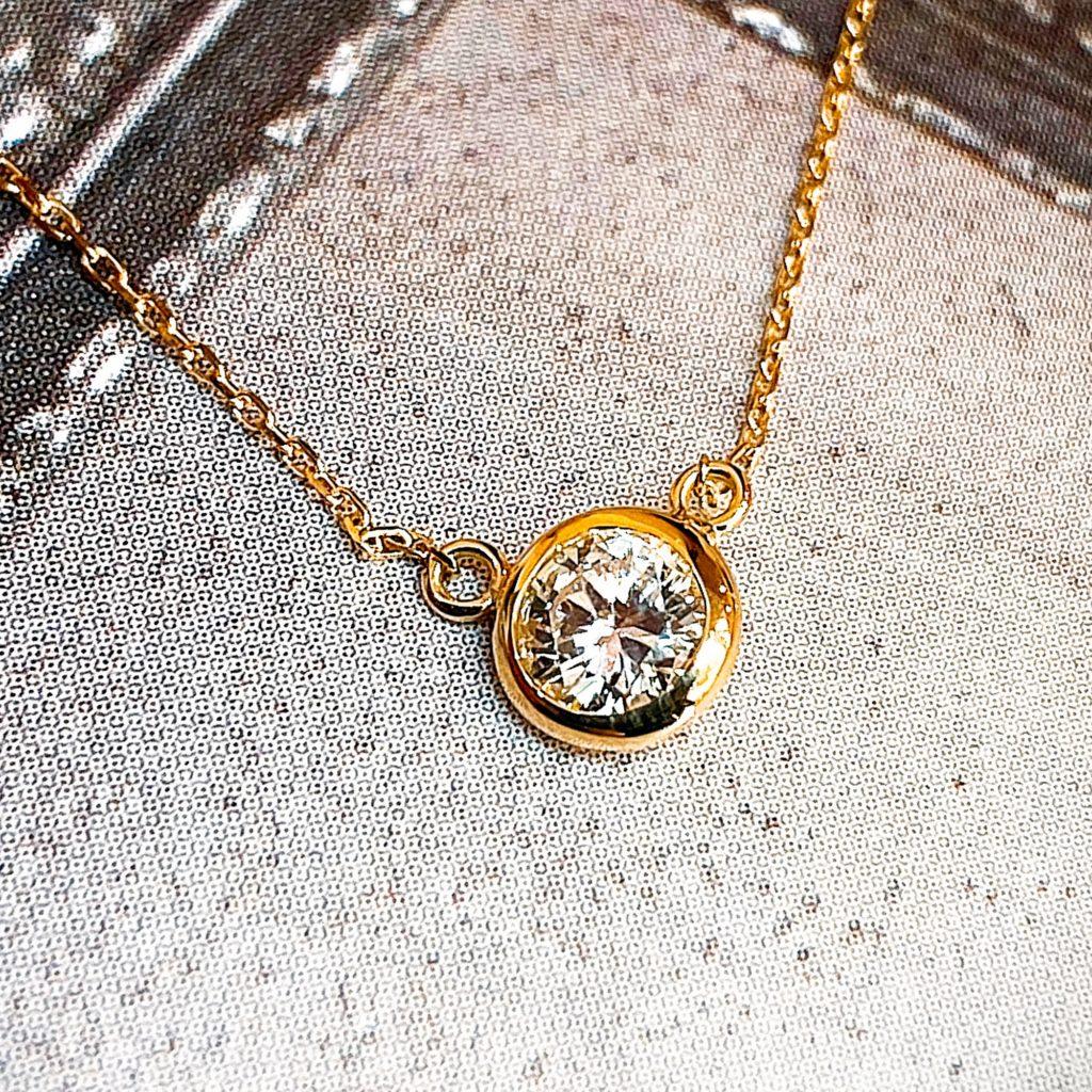 古いダイヤモンドペンダントをティファニーバイヤザートフ風にリフォーム