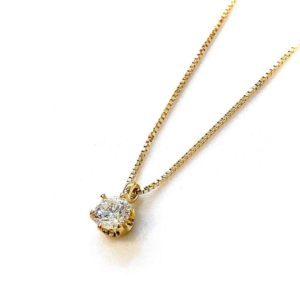 形見のダイヤモンドネックレスを今風に